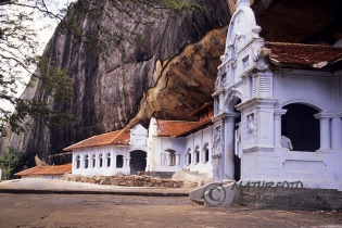 00468 - Cave temples of Dambulla. The approximately eighty cave temples are since 1991 a UNESCO World Heritage Site - Sri Lanka